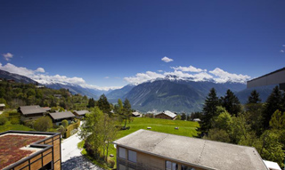Les Roches International School of Hotel Management, Switzerland